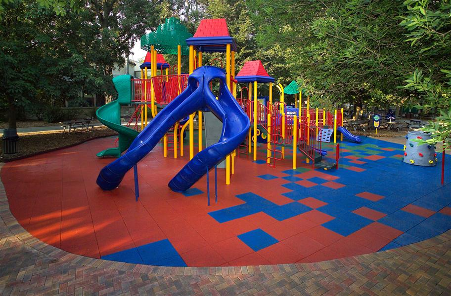 Playground-Rubber-Flooring-Design-Ideas.jpg (128 KB)